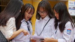 Phun thuốc phòng chống dịch virus Corona tại các trường học ở Hà Nội