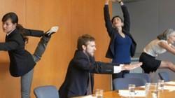 Cách vận động ở văn phòng giúp dáng thon, tăng đề kháng đẩy lùi dịch bệnh
