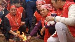 Rộn ràng lễ hội thổi cơm thi làng Thị Cấm