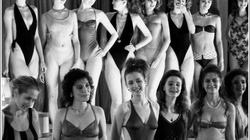 Ngẩn người ngắm vẻ đẹp nóng bỏng của phụ nữ Liên Xô