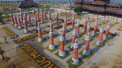 Khám phá vườn cột kinh bằng đá độc đáo ở ngôi chùa lớn nhất thế giới