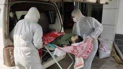 Cậu bé tật nguyền chết vì phải cách ly bố nhiễm Corona, Bí thư thị trấn ở Hồ Bắc mất chức