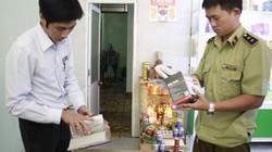 Xử phạt mạnh tay một nhà thuốc găm gần 2.000 khẩu trang vẫn báo hết hàng