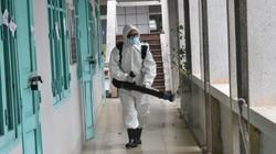 Thành phố Hòa Bình phun thuốc tẩy trùng toàn bộ các trường học