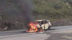 Quảng Nam: Cháy xe 7 chỗ, 2 người tử vong