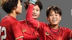 ĐT nữ Việt Nam nhận thư chúc mừng từ Bộ trưởng Nguyễn Ngọc Thiện