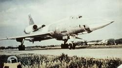 Vì sao phi công Liên Xô từ chối dùng máy bay ném bom Tu-22?
