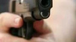 Nhờ vay tiền không được, thanh niên rút súng giả dọa cặp nam nữ