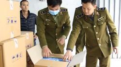Người Trung Quốc thu mua 100.000 khẩu trang y tế không rõ nguồn gốc