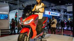 "Xe ga Aprilia SXR 160 ra mắt, Honda PCX 150 lo ""sốt vó"""