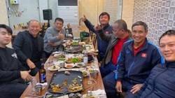 HLV Park Hang-seo thiết đãi ĐT nữ Việt Nam trên đất Hàn Quốc