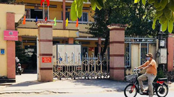Thanh niên lạ mặt vào trụ sở công an, đâm chết dân phòng