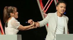 Điều gì khiến Văn Anh- Tú Vi đối đầu, thẳng tay loại nhau trên sóng truyền hình?