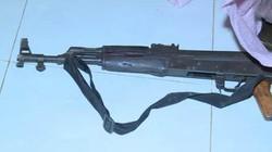 Người đàn ông dùng súng AK bắn người tình rồi tự sát bất thành