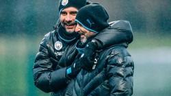 """BẤT NGỜ: Bị UEFA phạt nặng, cả đội Man City vẫn """"vui như Tết"""""""