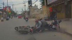 VIDEO: Nhóm cướp dàn cảnh gây phẫn nộ trên mạng