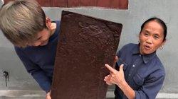 """""""Trai trẻ"""" tặng socola khổng lồ cho bà Tân Vlog bất ngờ bị chỉ trích dữ dội"""