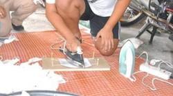 Hãi hùng cơ sở dùng bàn là tái chế khẩu trang đã sử dụng để lừa khách hàng