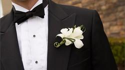 Nợ chồng chất, chú rể bị tóm ngay giữa đám cưới