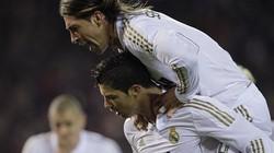"""Ramos đưa Ronaldo """"lên mây xanh"""""""