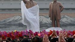 Tên lửa rơi, Bình Nhưỡng vẫn rực rỡ pháo hoa