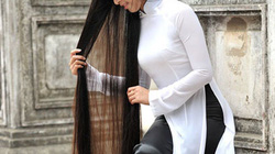 Nữ sinh học viện cảnh sát và suối tóc dài 1,6m