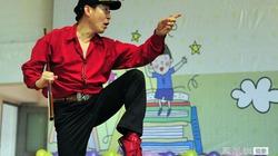 53 tuổi, Lục Tiểu Linh Đồng vẫn duyên khi thành... khỉ