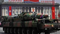 Tên lửa duyệt binh Triều Tiên bị nghi là mô hình