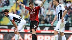 Ibrahimovic tỏa sáng, Milan đại thắng Siena