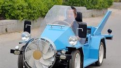 Nông dân tài tình chế ô tô chạy năng lượng gió