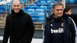 "Mourinho muốn ""đá"" Zidane khỏi Real"