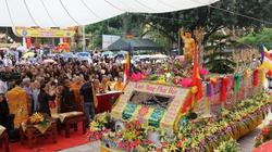 Lễ chính Phật Đản tưng bừng khắp cả nước