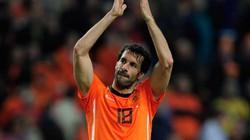 Van Nistelrooy tuyên bố giải nghệ