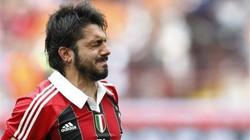 Cầu thủ Milan rơi lệ chia tay các cựu binh