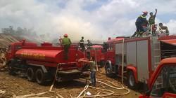 Cháy lớn tại xưởng gỗ, bà hỏa thiêu rụi tiền tỷ