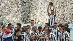 Khi bóng đá châu Âu tôn vinh sức mạnh tập thể
