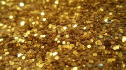 Vàng tiếp tục lao dốc