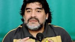 Maradona kiện ngược thuế vụ Italia