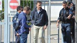 Italia bắt 2 nghi phạm đánh bom trường học