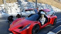 Siêu xe Ferrari mà chạy như... xe đạp