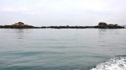 Xác nam thanh niên lập lờ trên vùng biển Hải Hà