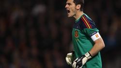 Casillas đi vào lịch sử bóng đá thế giới