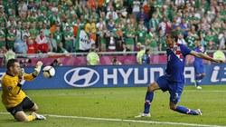 Hạ Ireland 3-1, Croatia chiếm ngôi đầu bảng C