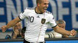 Podolski sắp chạm mốc 100 lần khoác áo ĐT Đức