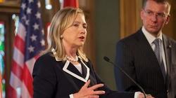 Hillary Clinton lập kỷ lục đặt chân tới 100 nước