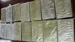 Tiêu diệt kẻ vận chuyển 20 bánh heroin