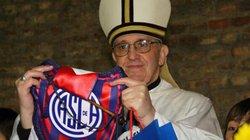 Messi mời Giáo hoàng Francis ghé thăm Barca