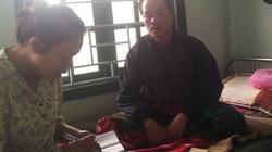 Chủ tịch tỉnh thăm cán bộ, chiến sĩ phá vụ án thảm sát phu trầm bị sốt rét
