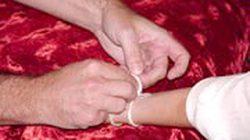 Lễ buộc chỉ cổ tay dưới dãy Giăng Màn