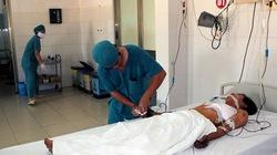 Cứu sống người bị kim loại xuyên thủng tim